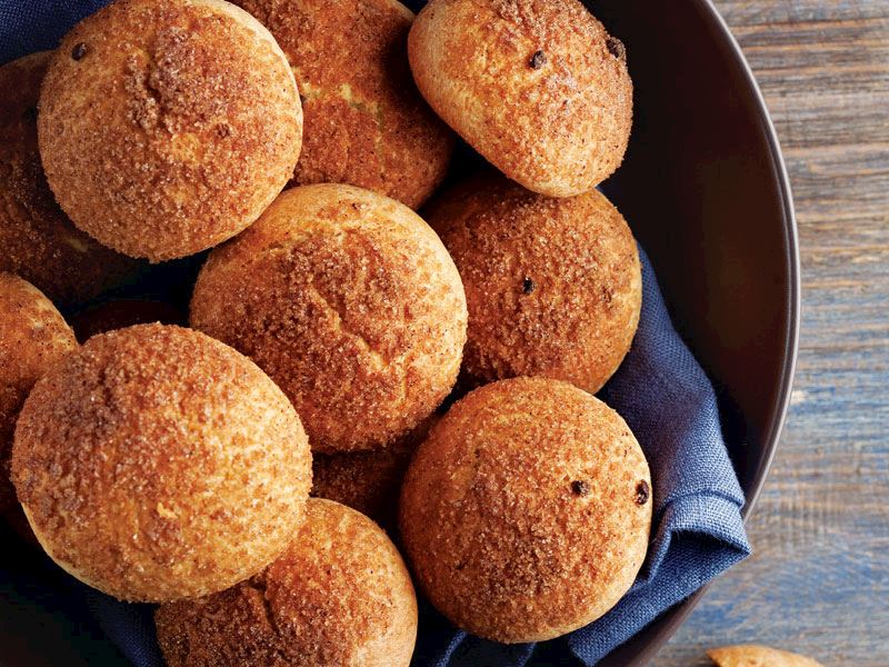 Tatlı ekmek topları