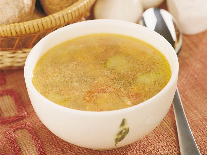 Tavuk Suyuna Sebze Çorbası