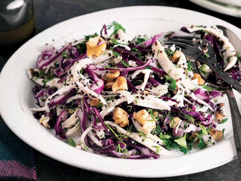 Tavuklu kış salatası