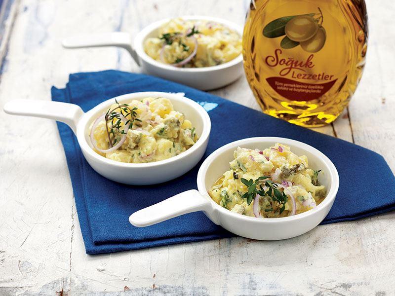 Taze Baharatlı Patates Salatası