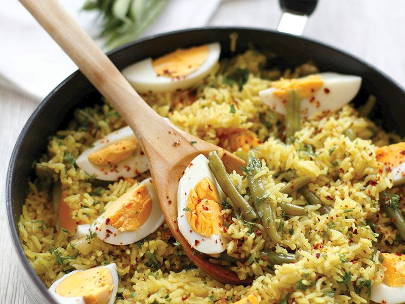 Taze Fasulyeli Ve Yumurtalı Pirinç Pilavı