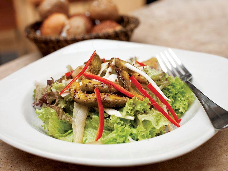 Taze Rezeneli Kereviz Salatası