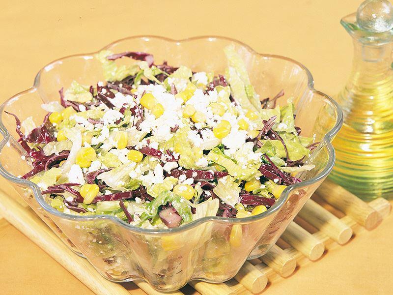 Tulum Peynirli Kış Salatası