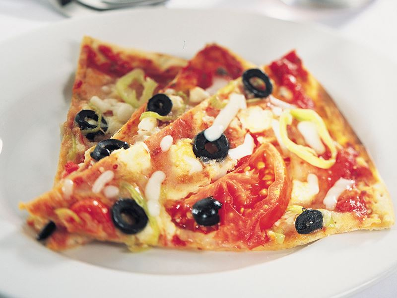 Üç Peynirli Pizza
