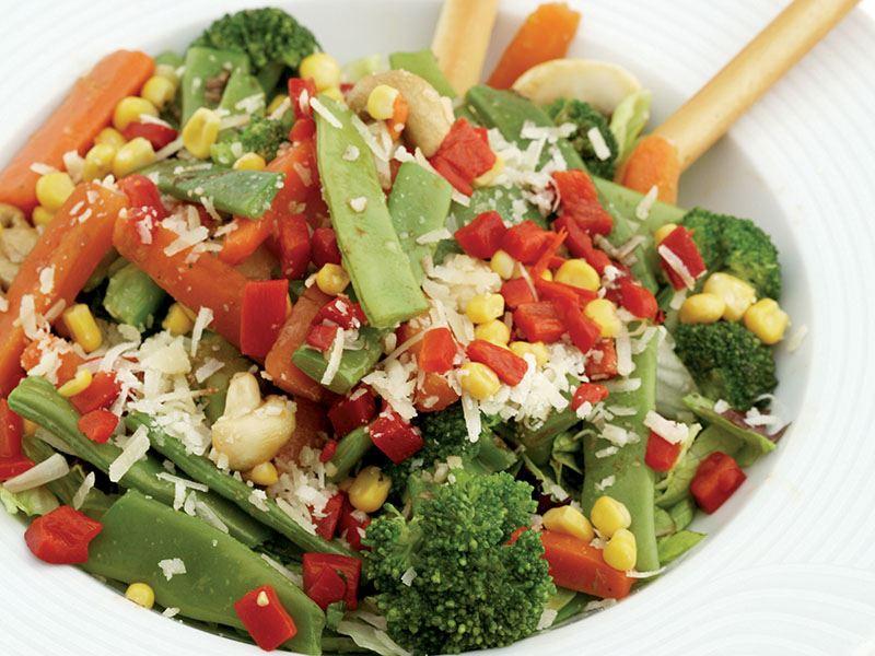 Vejetaryen Fiesta Salatası
