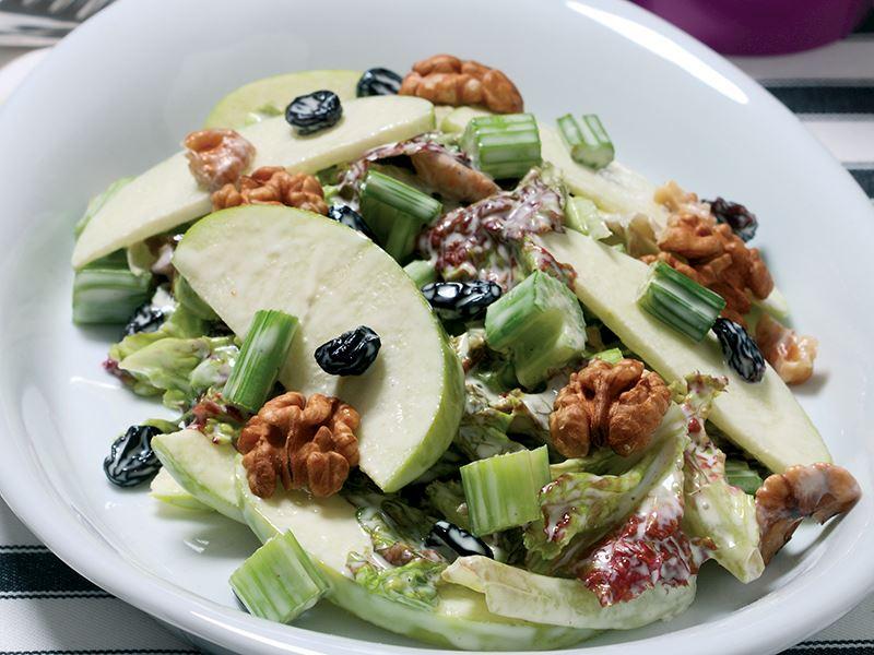Waldorf Salatası Tarifi Nasıl Yapılır
