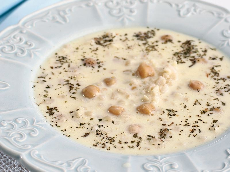 Yoğurtlu Pirinç Çorbası (Kel Lebeniye)