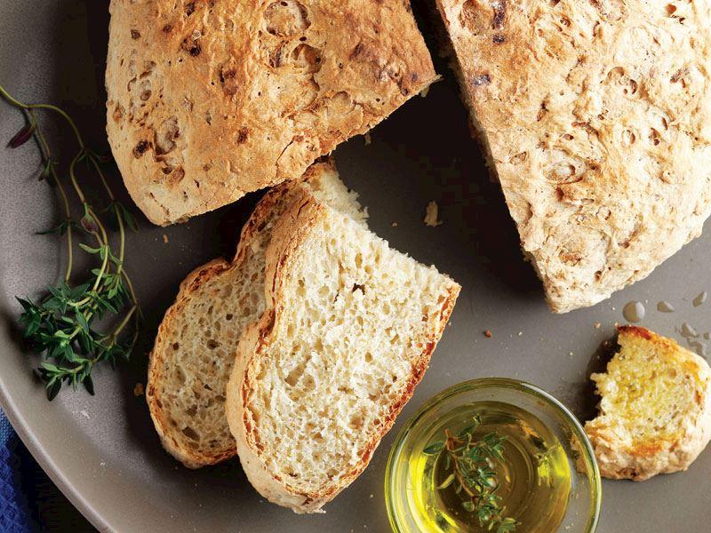 Yulaflı elmalı ekmek