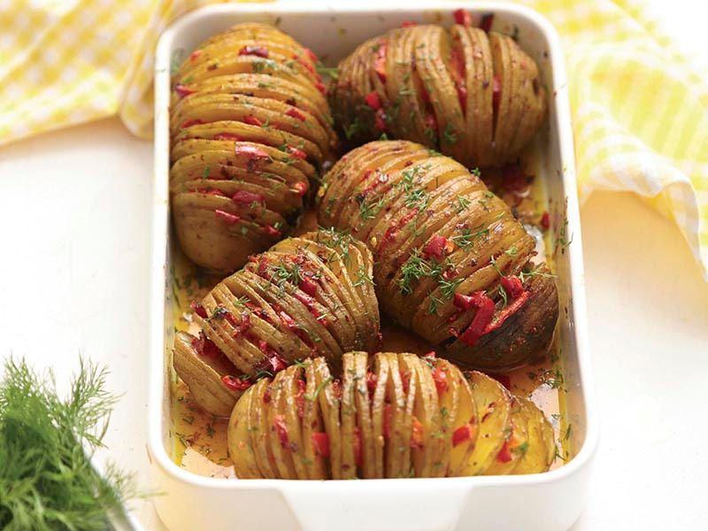 Zerdeçallı akordeon patates