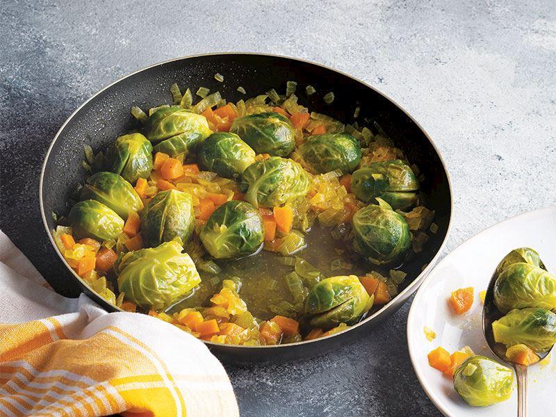 Zerdeçallı ve zeytinyağlı Brüksel lahanası