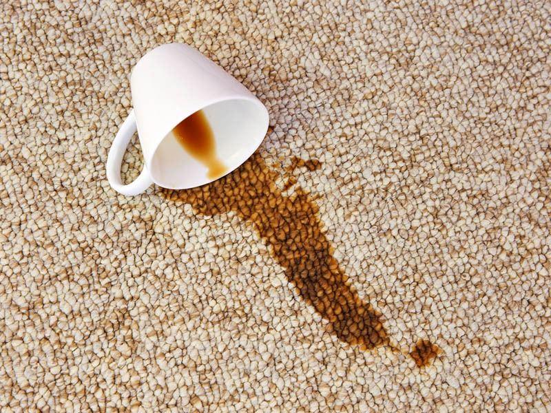 Çay Lekesi Nasıl Çıkar? Evde Kolayca Uygulayabileceğiniz 6 Yöntem