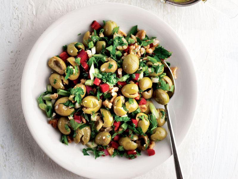 Doyurucu Salata Çeşitleri: 15 Farklı Salata Tarifi