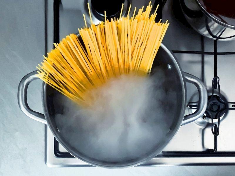 Farklı Makarna Pişirme Yöntemleri