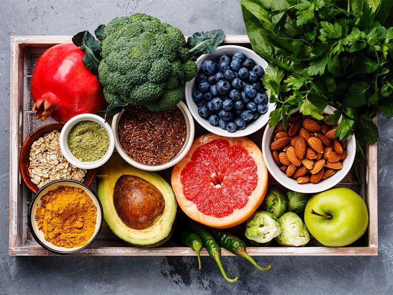 Kış Meyveleri Nelerdir: Şifa Deposu 11 Besleyici Kış Meyvesi