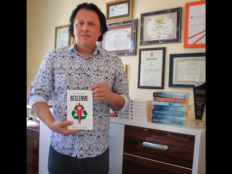 """Nörobilimci Deniz Egece'nin yeni kitabı """"Zayıflamada Beslenme"""" Çıktı!"""