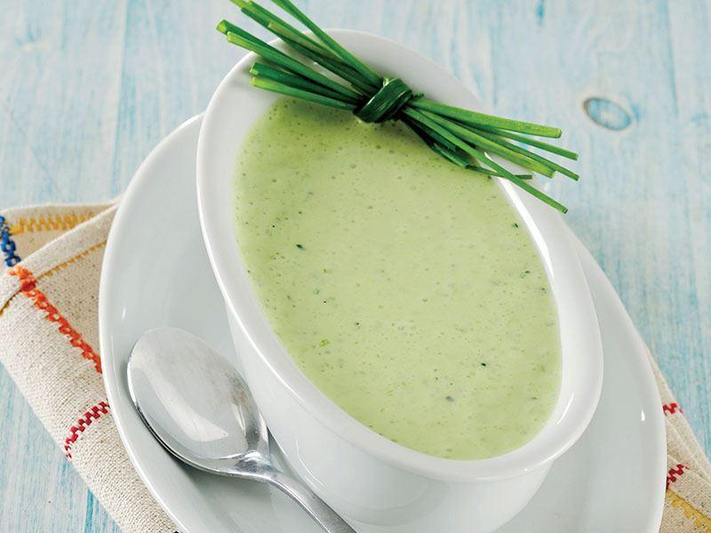 Salata Sosu Nasıl Yapılır? 8 Kolay Salata Sosu Tarifi